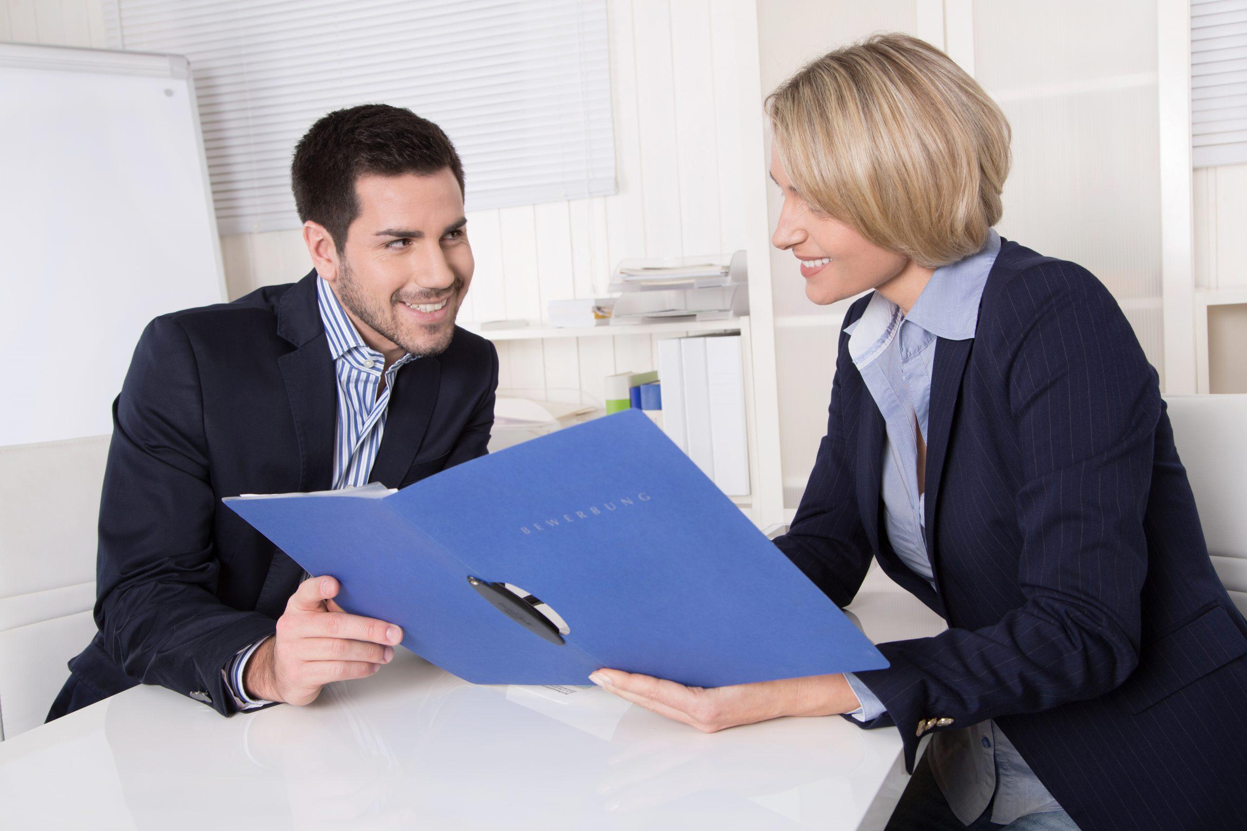 No olvides especificar el nivel de tus habilidades, así el reclutador tendrá una visión más completa de tus habilidades.