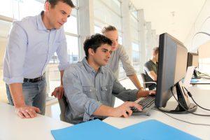 Avanzas a tu propio ritmo con los cursos en línea