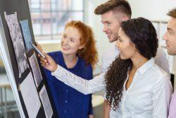 Jóvenes desarrollan sus competencias laborales