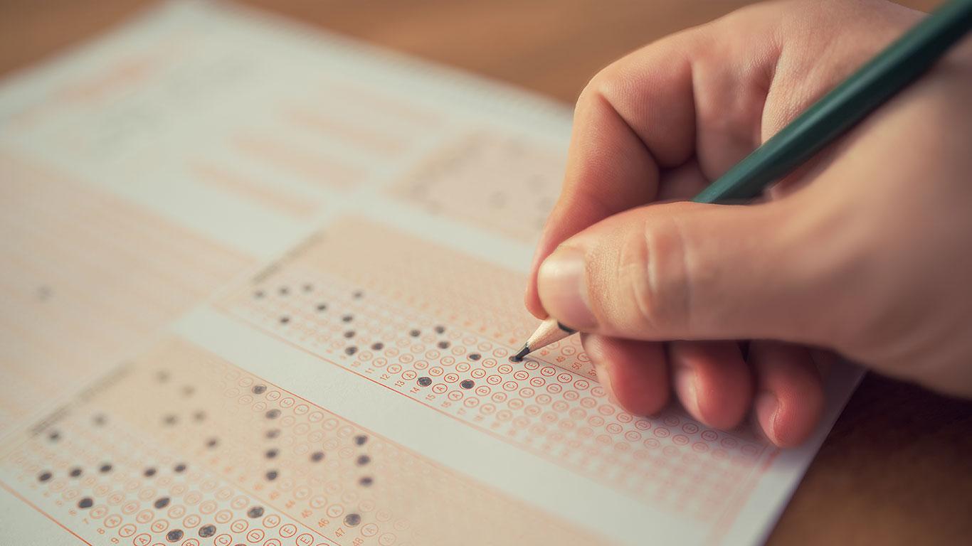 ¿Habrá exámenes de admisión para universidades públicas?